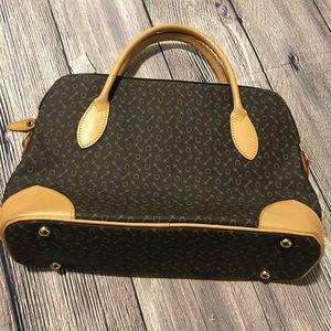 Why International Handbag Genuine Leather